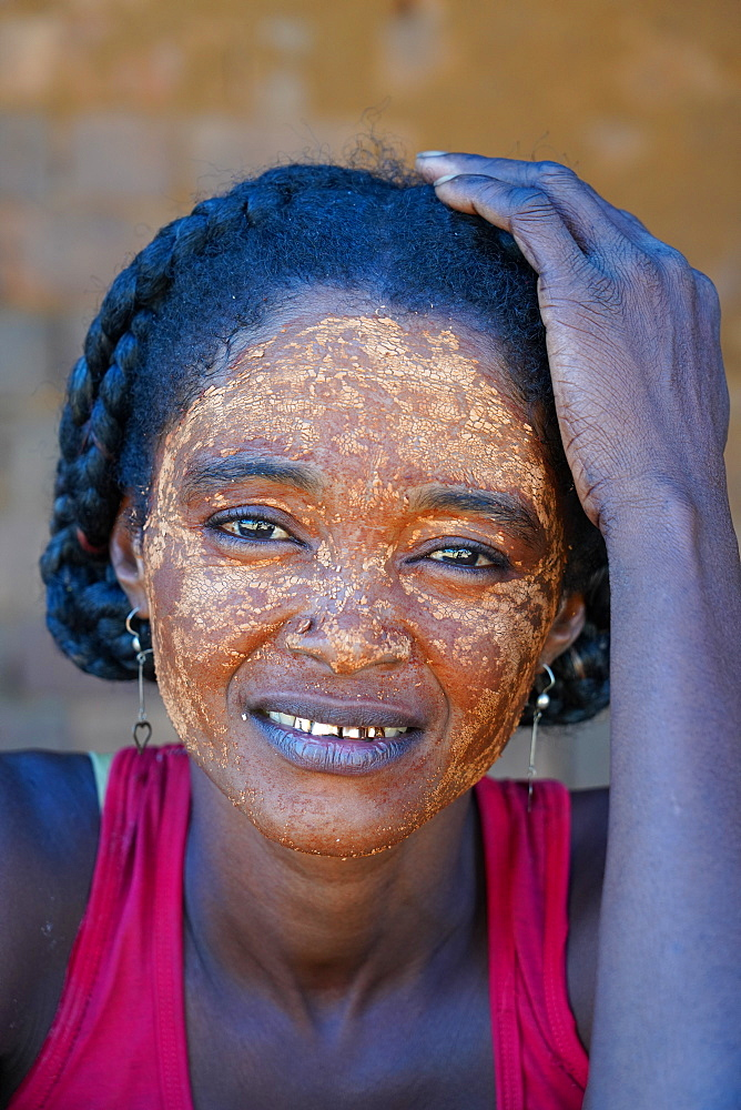 Local woman in Bekopaka village, Tsingy de Bemaraha National Park, Melaky Region, Western Madagascar, Africa