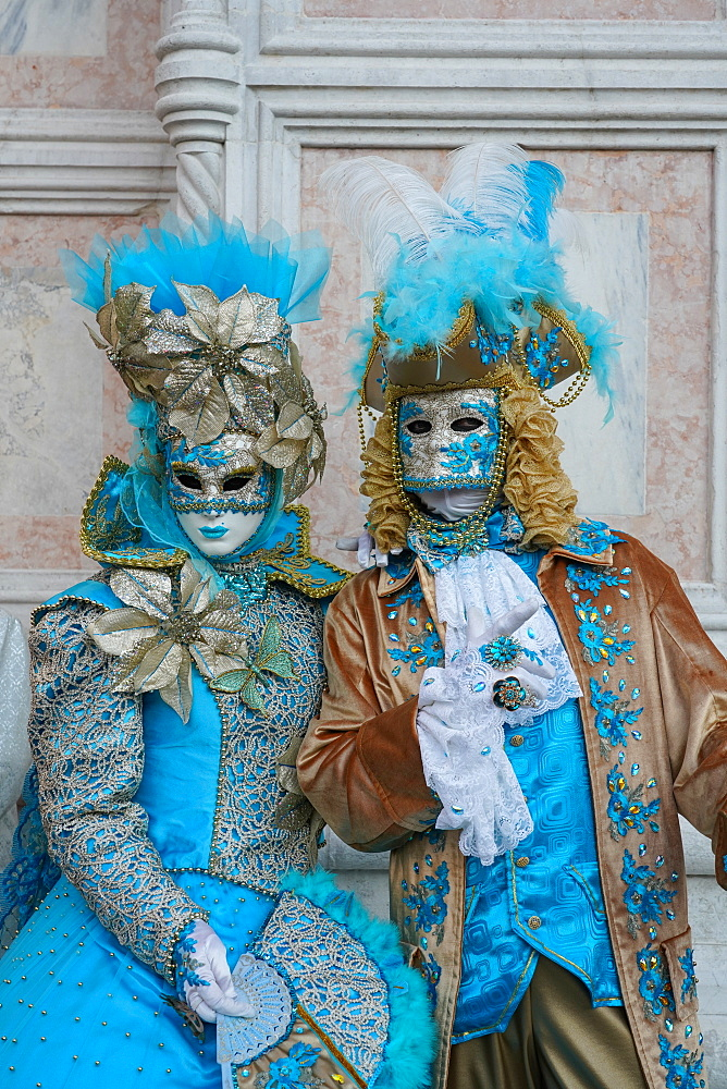 Masks at the Venice Carnival, Venice, Veneto, Italy, Europe - 819-1198
