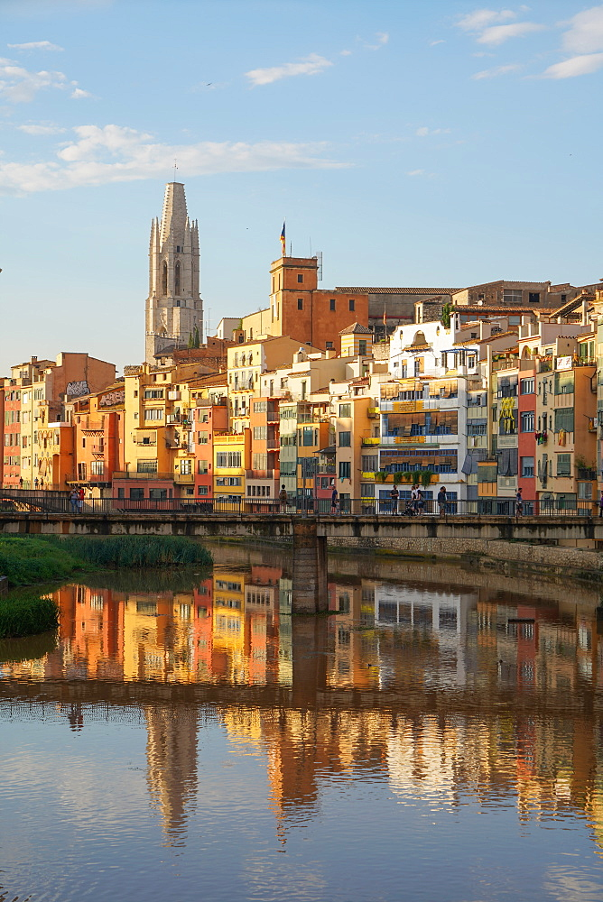 The Houses on the River Onyar and St. Felix church, Girona, Catalonia, Spain, Europe