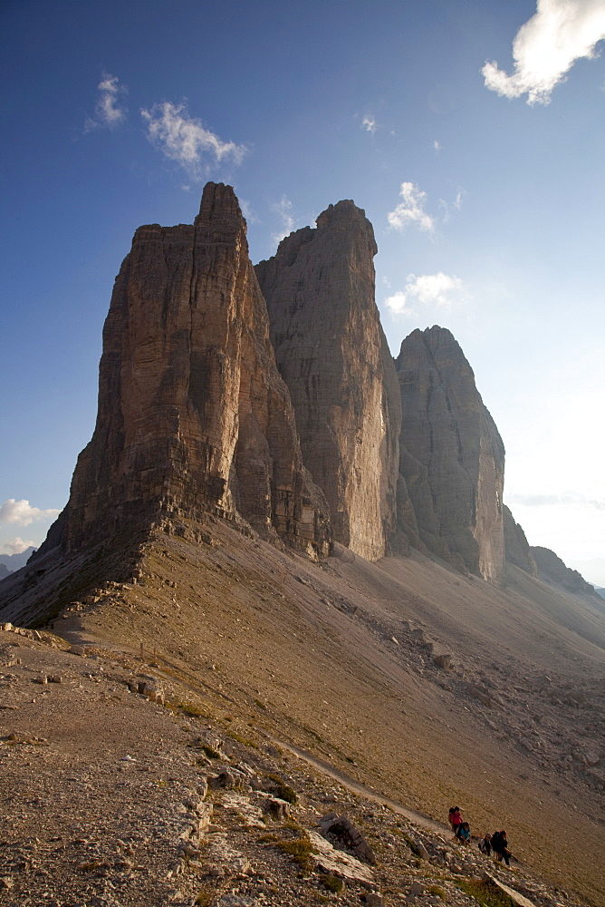 Hiking in front of Tre Cime di Lavaredo, Dolomites, eastern Alps, South Tyrol, Bolzano province, Italy, Europe