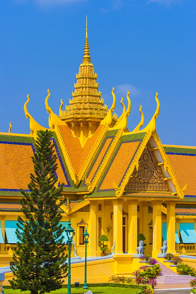 Royal Palace, Phnom Penh, Cambodia, Indochina, Southeast Asia, Asia - 821-231
