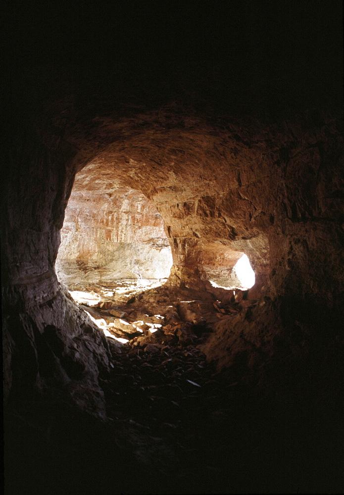 Cave, Mount Autana (Cerro Autana), Amazonas territory, Tepuis, Venezuela, South America