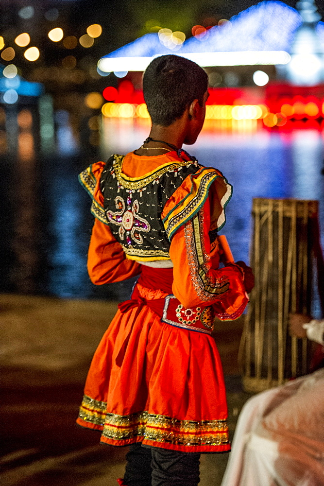 Traditional dress for Vesak, a festival to celebrate Buddha's birthday in Colombo, Sri Lanka, Asia