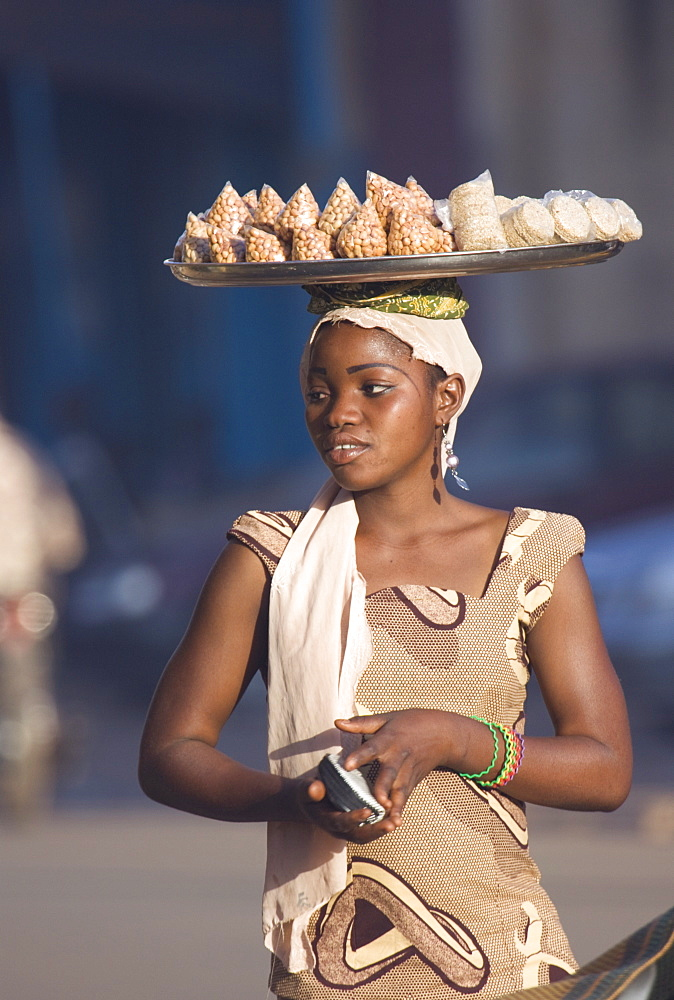 Street vendor in the market in Ouagadougou, Burkina Faso, West Africa, Africa
