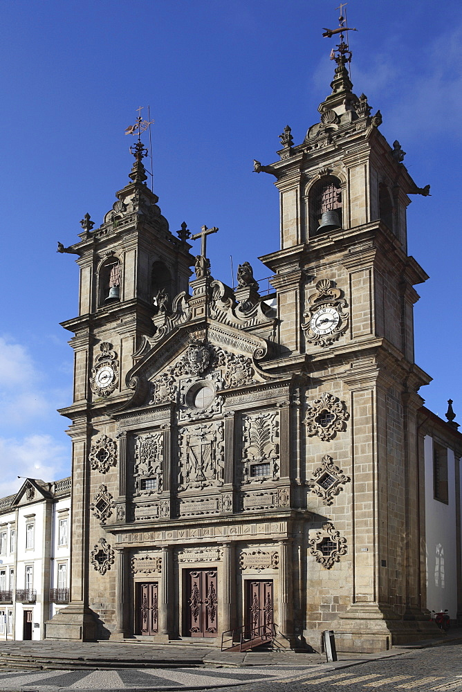 The 17th century Igreja de Santa Cruz (Holy Cross Church), Braga, Minho, Portugal, Europe