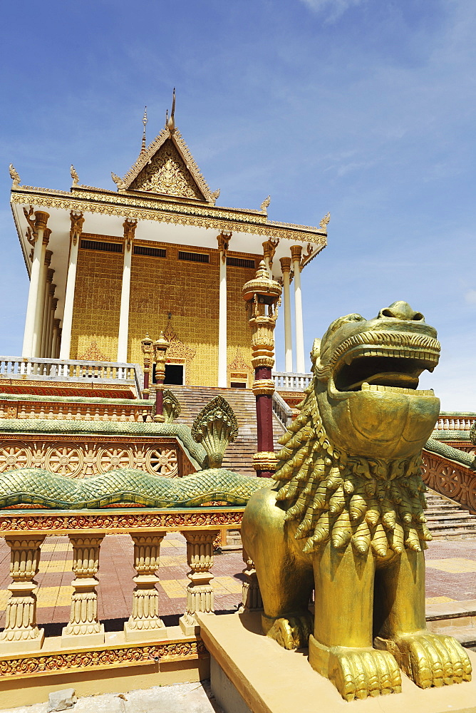 Main temple and a golden dragon at Udon Monastery (Vipassana Dhura Buddhist Centre) at Phnom Udon, Udong, Cambodia, Indochina, Southeast Asia, Asia - 826-613