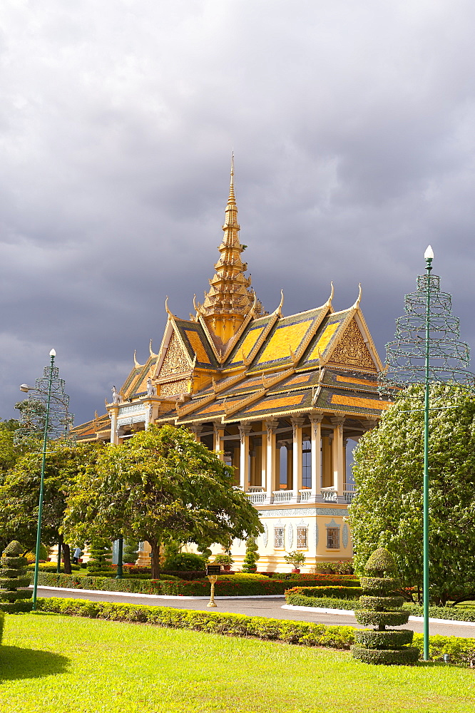Moonlight Pavilion, Royal Palace, Phnom Penh, Cambodia, Indochina, Southeast Asia, Asia - 827-523
