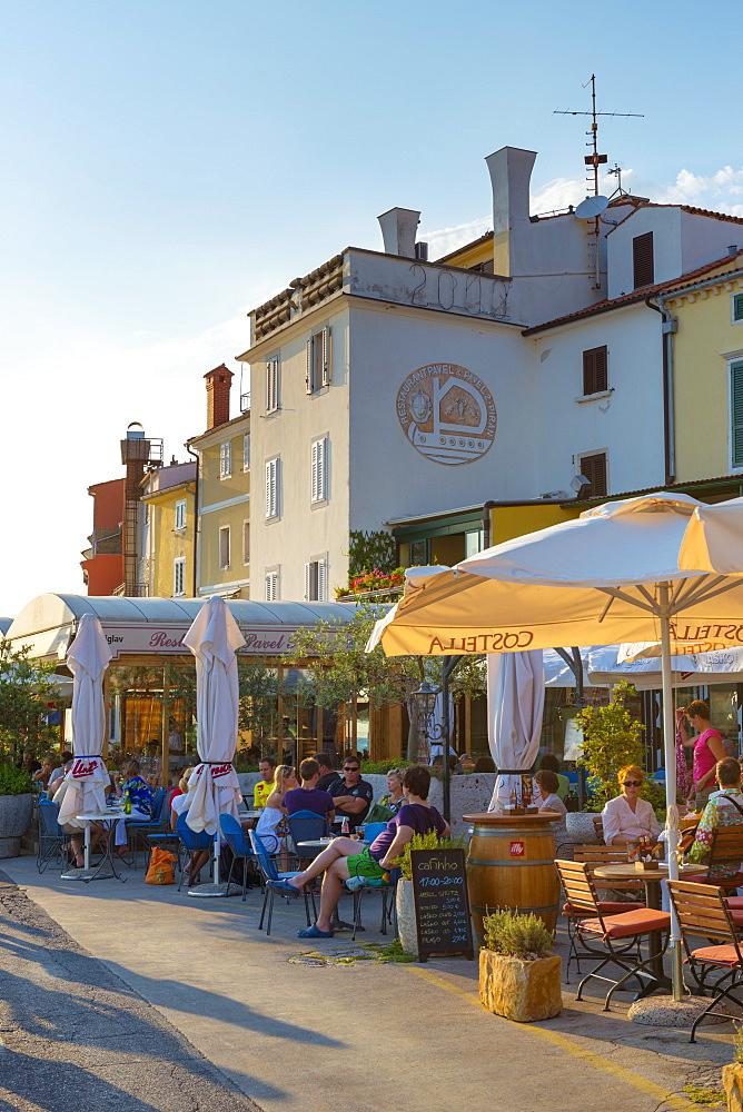 Cafe, Presernovo nabrezje, Old Town, Piran, Primorska, Slovenian Istria, Slovenia, Europe