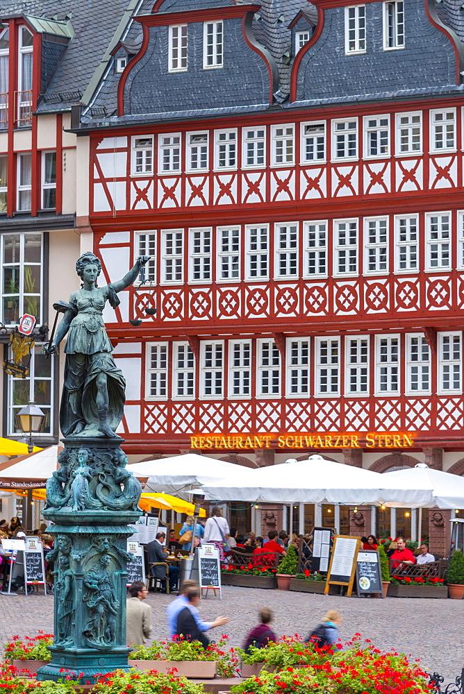 Romerberg, Altstadt (Old Town), Frankfurt am Main, Hesse, Germany, Europe