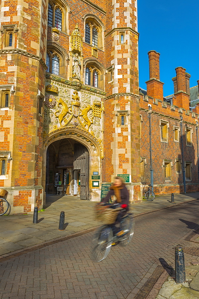 St. John's College Gate, Camrbridge University, Cambridge, Cambridgeshire, England, United Kingdom, Europe