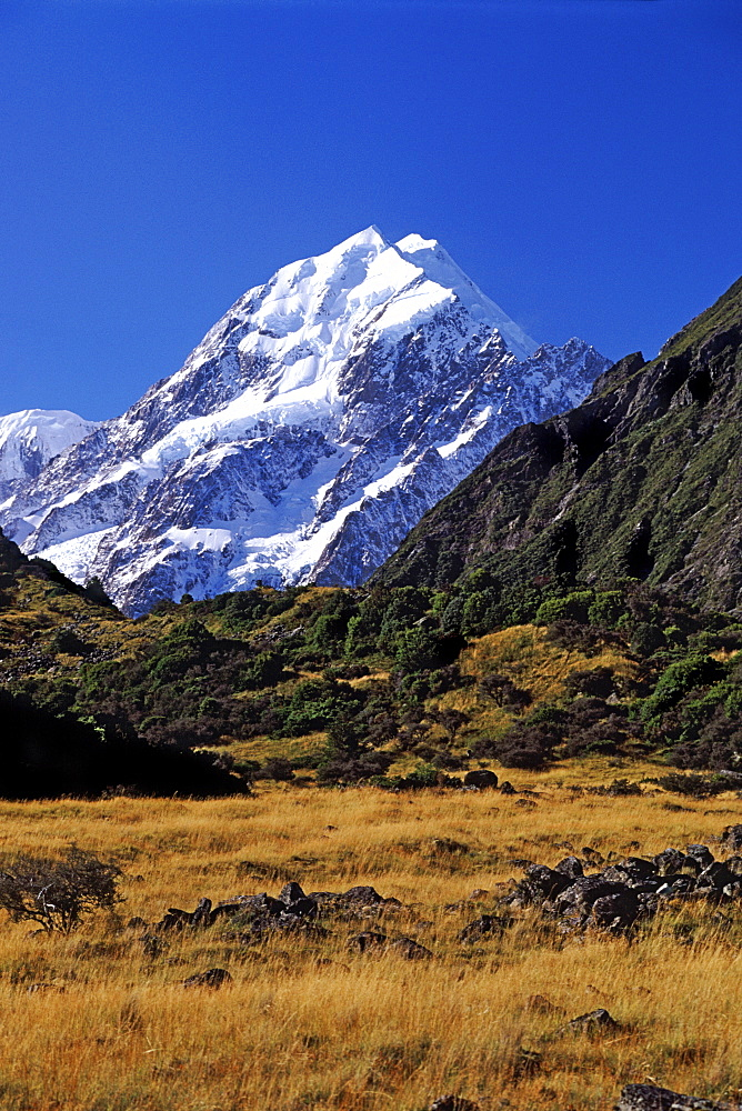 Mount Cook in the Aoraki National Park, South Island, New Zealand, Pacific