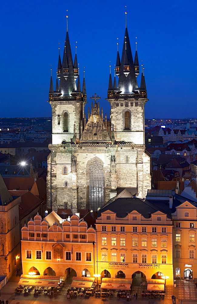 Dusk view of the Church of Our Lady before Tyn in Staromestske namesti (Old Town Square), Prague, Czech Republic, Europe