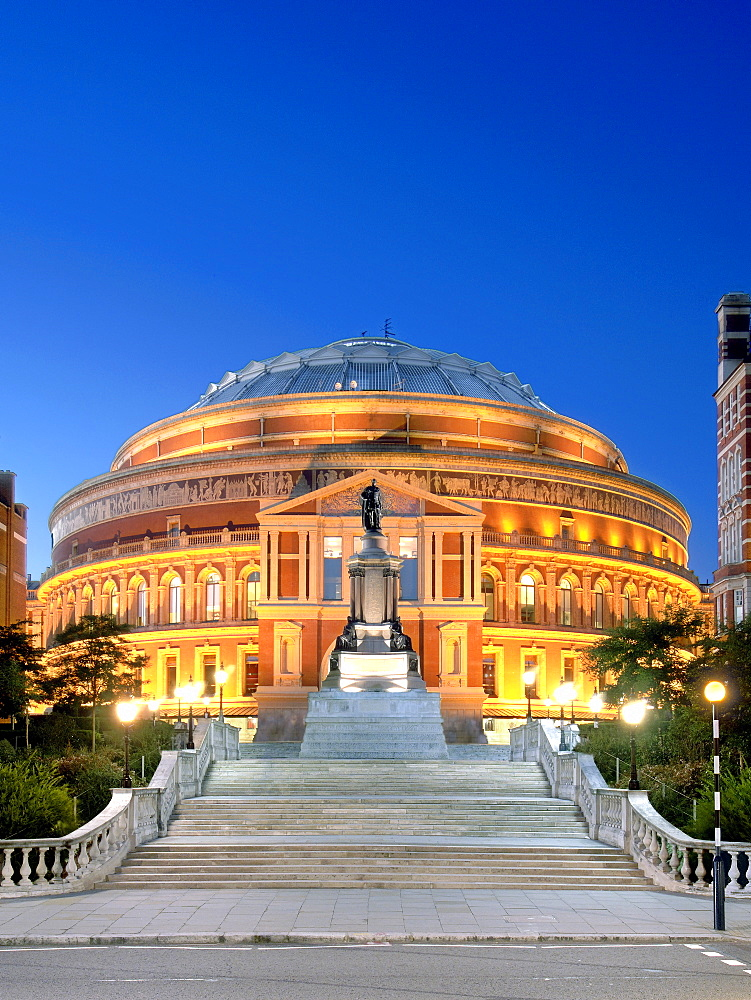 The Royal Albert Hall in London at dusk. - 829-344