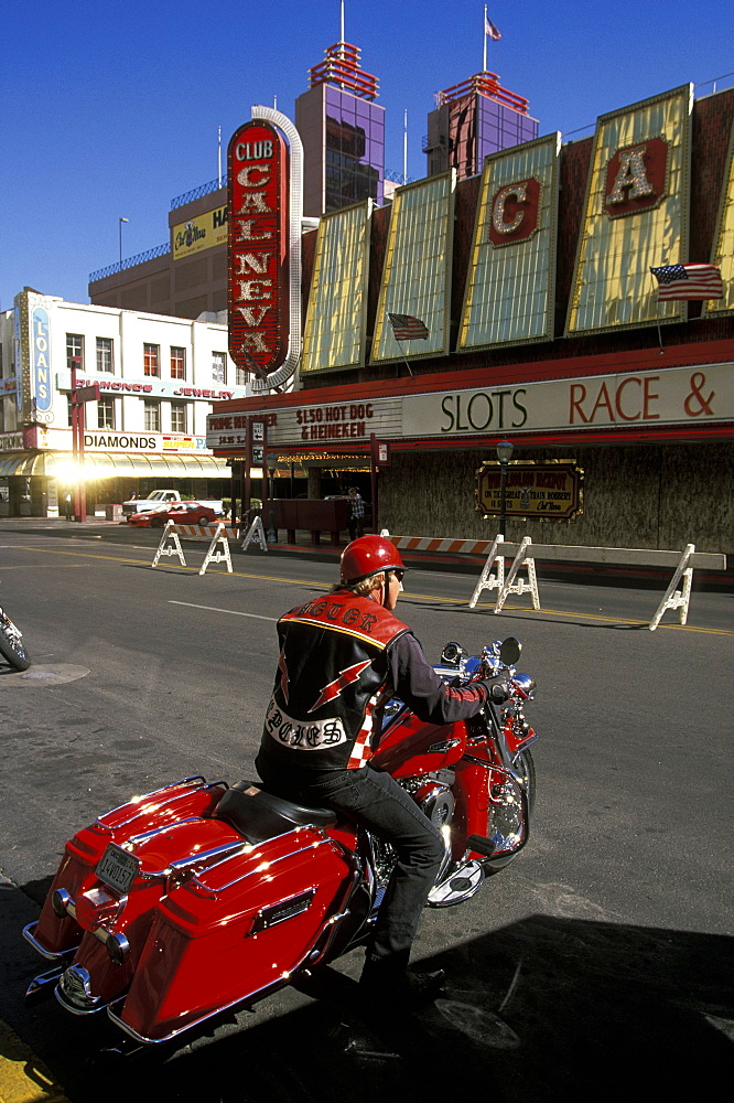 Harley Davidson biker on Virgina Street, Reno, Nevada, Usa *** Local Caption *** Harley Davidson biker on Virgina St in Reno, the glitzy little Las Vegas-style gambling city in the far west