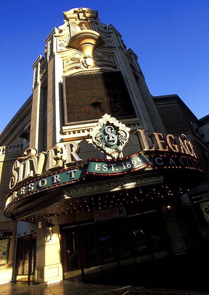 The 'Silver Legacy' hotel casino in Reno, the glitzy little Las Vegas-style gambling city in the far west, Reno, Nevada, United States of America (USA), North America