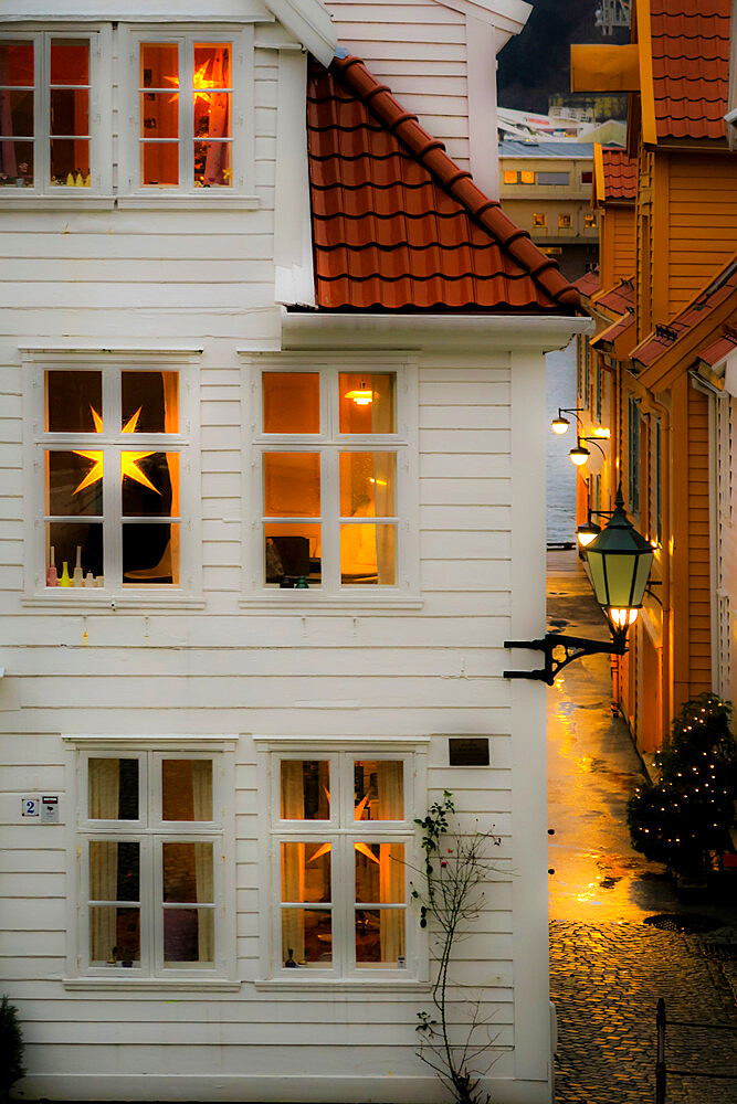 House looking 'hygge' (cosy) with Nordic Christmas star lanterns on Tvedtegarden, Sliberget Street. Bergen; Hordaland; Norway - 83-13042