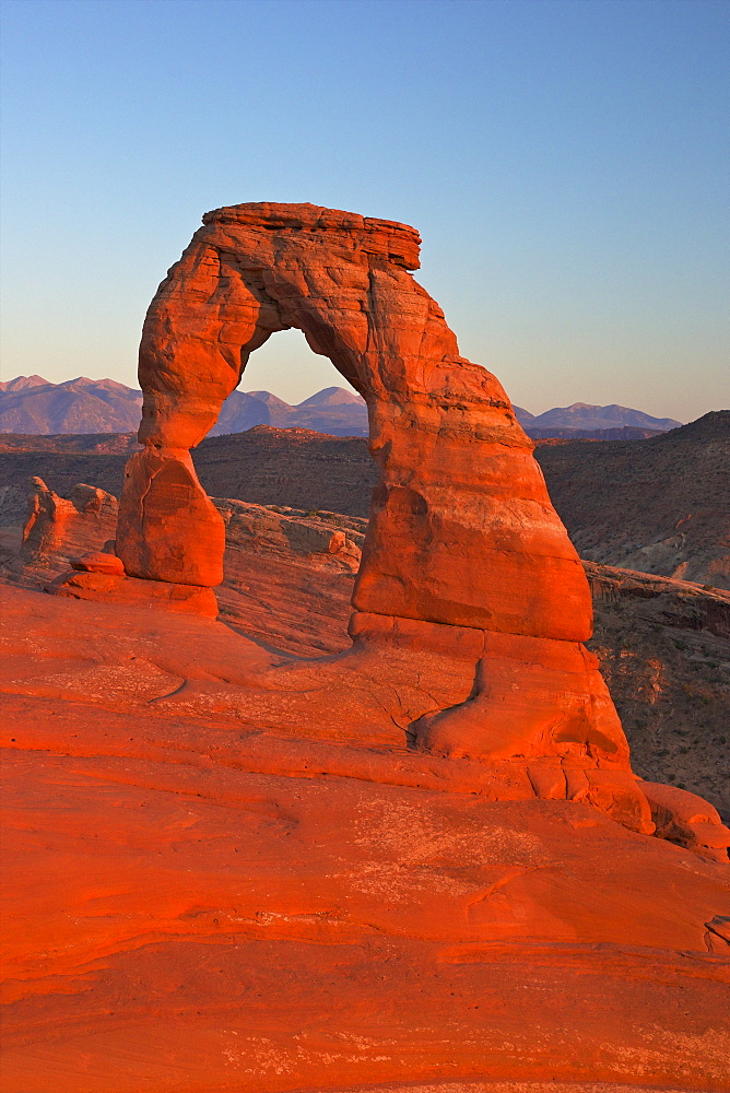 Sunset at Delicate Arch, Arches National Park, Moab, Utah, United States of America, North America