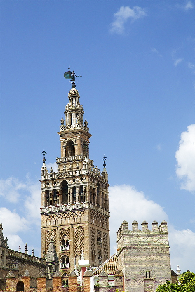 La Giralda, bell tower, Seville Cathedral, UNESCO World Heritage Site, Seville, Andalucia, Spain, Europe - 831-1477