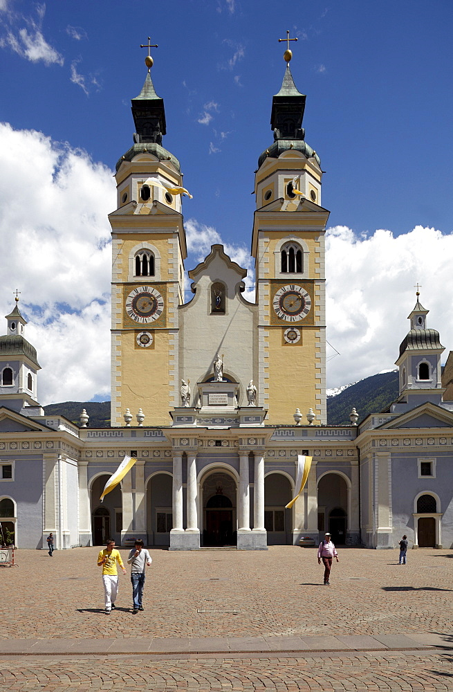 Dom Mariae Aufnahme in den Himmel und St. Kassian zu Brixen cathedral, old town, Brixen, South Tyrol, Italy, Europe