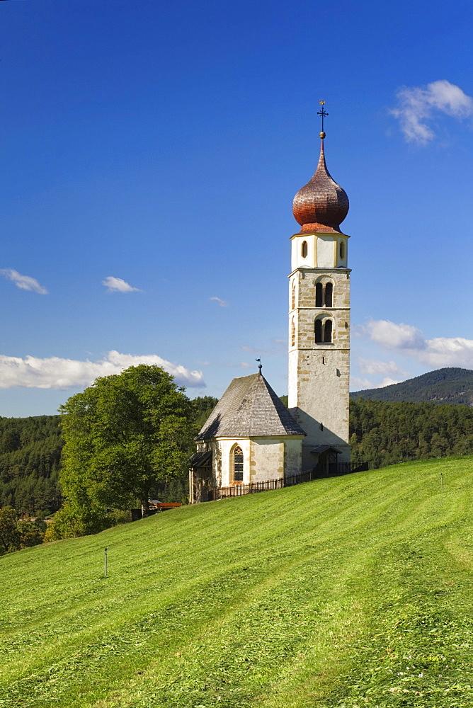 Church of Saint Valentine, Seis am Schlern, Siusi allo Sciliar, Dolomites, Trentino-Alto Adige, Italy, Europe