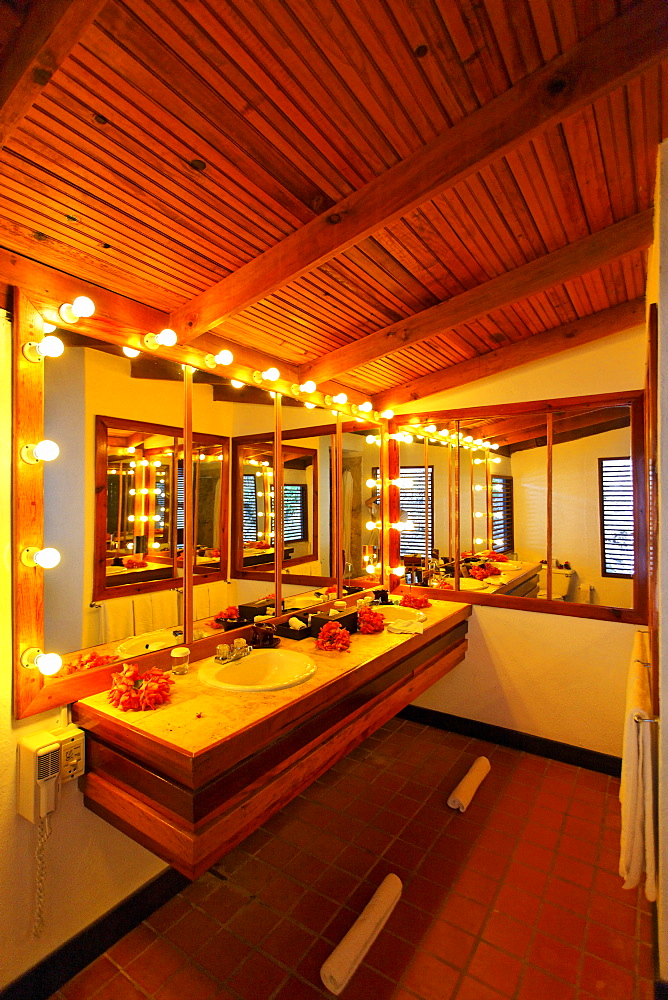 Mirrored bathroom with lit bulbs, Luxury Hotel Anse Chastanet Resort, LCA, St. Lucia, Saint Lucia island, Leeward Islands, Lesser Antilles, Caribbean, Caribbean Sea