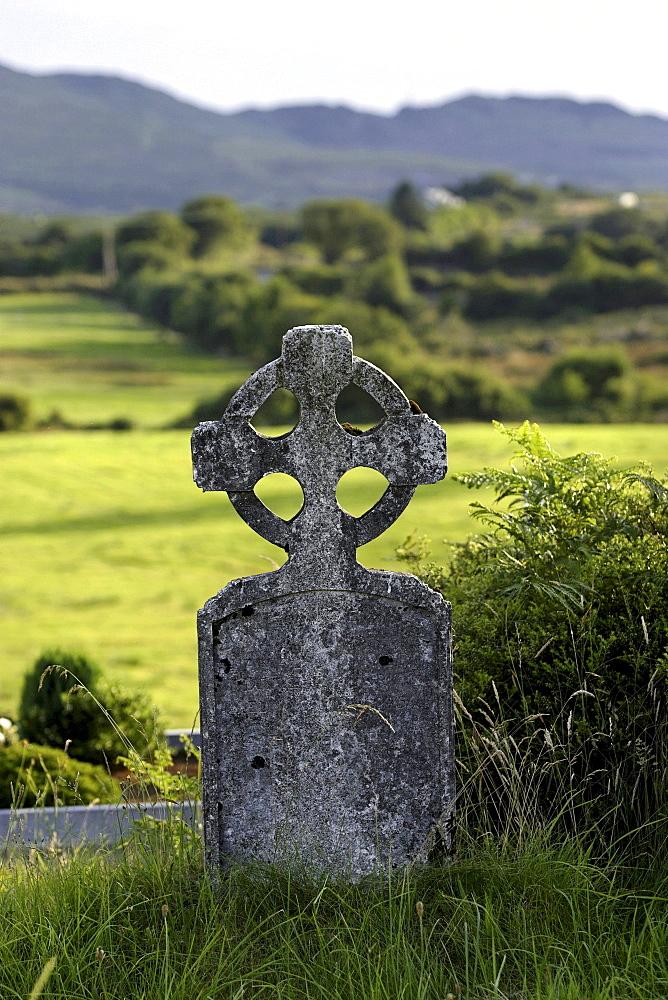 Old cemetry, Durrow high cross headstone, Sneem, Kerry, Republic of Ireland, Europe