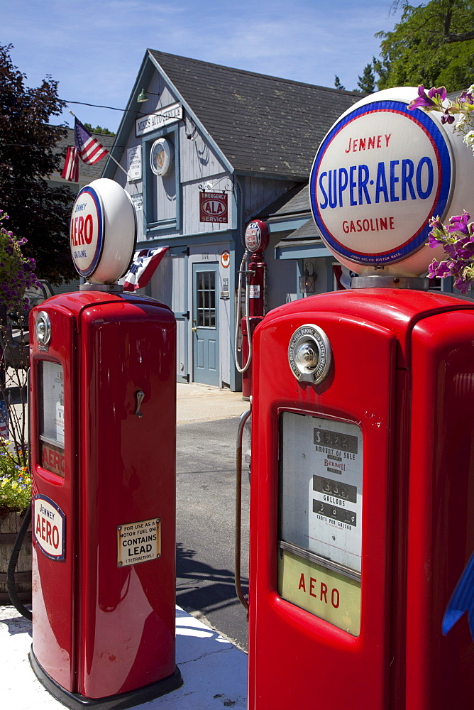 Antique Aero gasoline pumps, Amherst, New Hampshire, USA