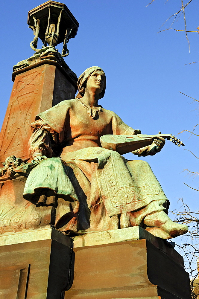 """Inspiration"" statue on Kelvin Way Bridge, Kelvingrove Park, Glasgow, Scotland, United Kingdom, Europe"