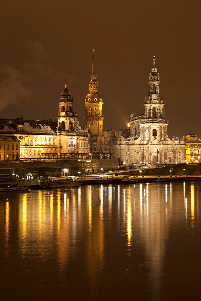Bank of the Elbe River, Terrassenufer banks, Dresden Castle, Neues Staendehaus building, the building of the Higher Regional Court and the Cathedral of St. Trinitatis, Dresden, Saxony, Germany, Europe