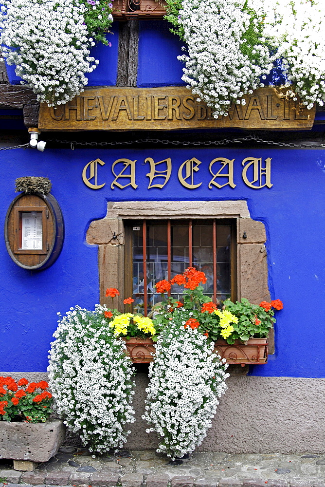 Caveau des Chevaliers de Malte restaurant, Niedermorschwihr, Alsace Wine Route, France, Europe