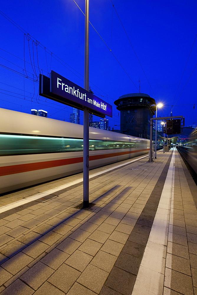 Intercity-Express, ICE train arriving at the main station, Frankfurt am Main, Hesse, Germany, Europe