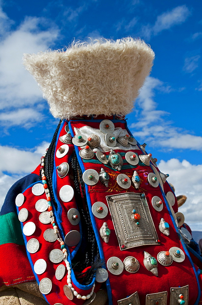 Traditionally dressed woman, traditional festival of the tribes in Gerze, Western Tibet, Asia