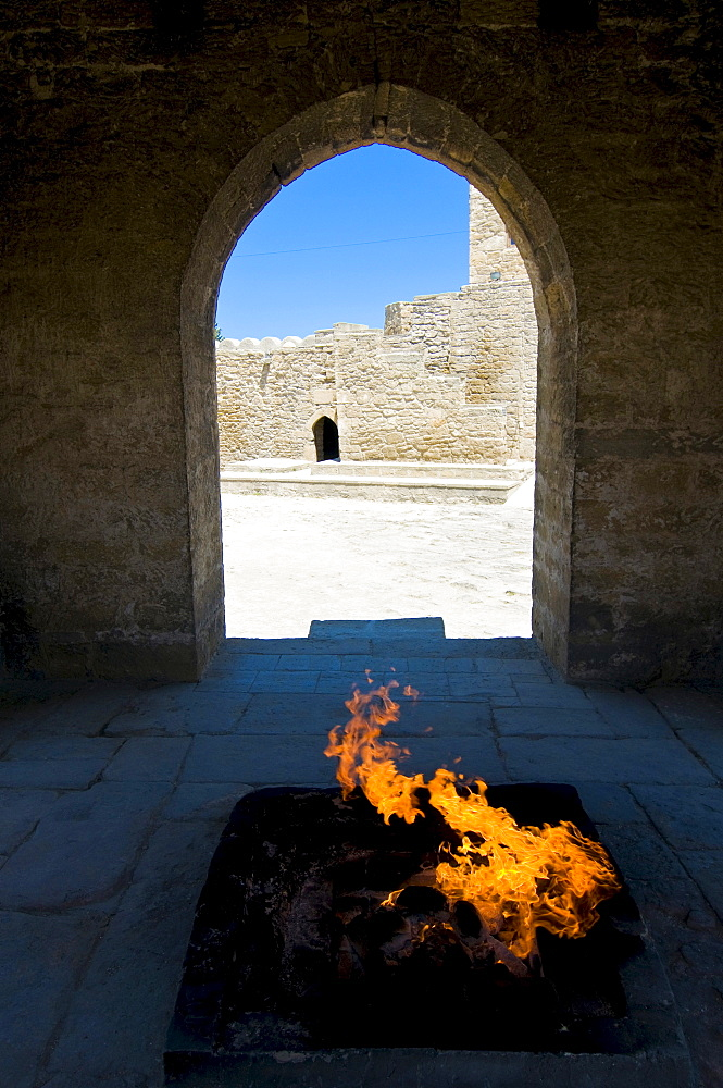 Atesgah, Ateschgah Fire Temple of the Zoroastrians, Abseron Peninsula, Azerbaijan, Caucasus, Middle East