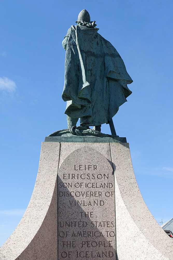 Rear view, statue of Leif Ericson, discoverer of North America, Hallgrimskirkja, town centre, Reykjavik, Iceland, Scandinavia, Northern Europe, Europe