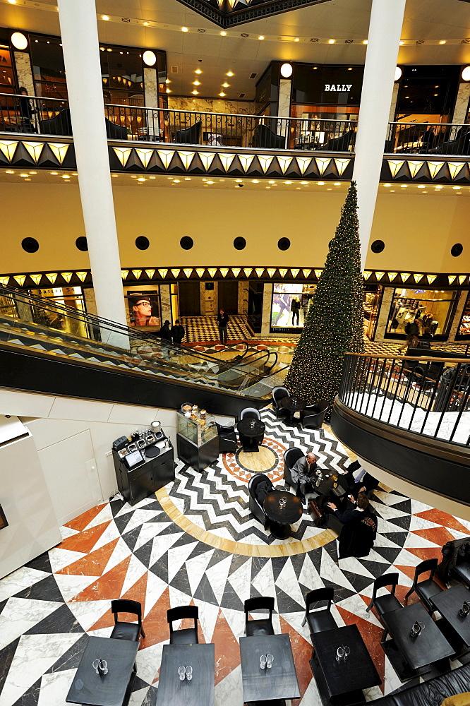 Interior, luxury department store Quartier 206, by architect Henry Cobb, Friedrichstadt-Passagen, Friedrichstrasse, Mitte district, Berlin, Germany, Europe