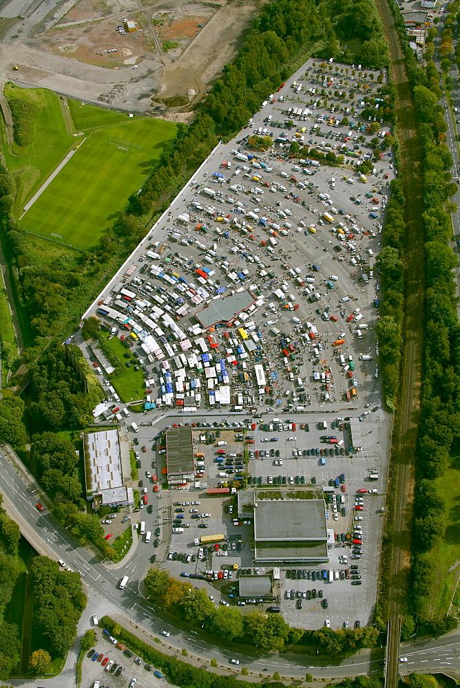 Aerial view, Essen car market at the drive-in cinema next to the Georg-Melches-Stadion stadium, Essen, Ruhr area, North Rhine-Westphalia, Germany, Europe