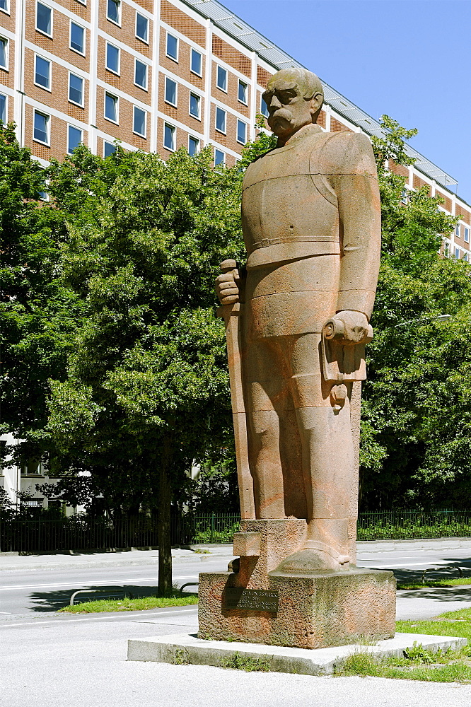 Statue of Chancellor Otto von Bismarck, created by F. Behn in 1931, Erhardstrasse street, Munich, Upper Bavaria, Bavaria, Germany, Europe