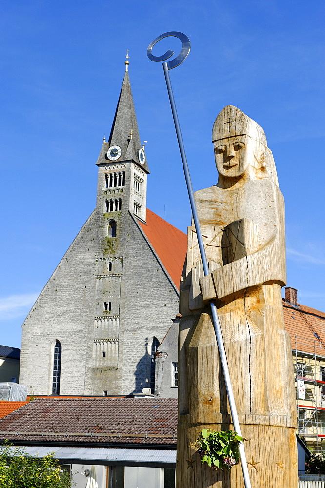 Saint Rupert, sculpture by F. Koller, 2010, in front of the Stiftskirche Zu Unserer Lieben Frau convent church of Our Lady, Laufen, Upper Bavaria, Bavaria, Germany, Europe