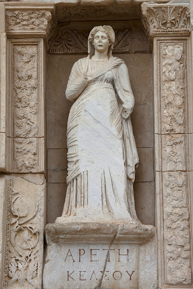 Statue in front of the Celsus Library, Ephesus, Selcuk, Lycia, Turkey, Asia