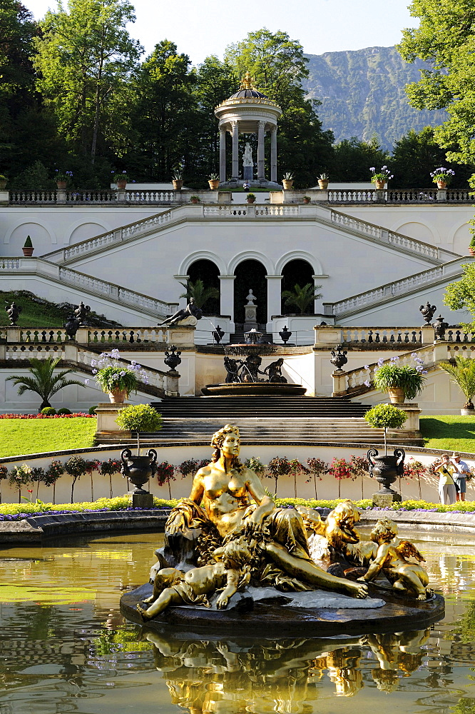 Schlosspark Linderhof palace gardens, castle of Bavarian King Ludwig II, Graswangtal valley, Oberammergau, Ammergau Alps, Upper Bavaria, Bavaria, Germany, Europe