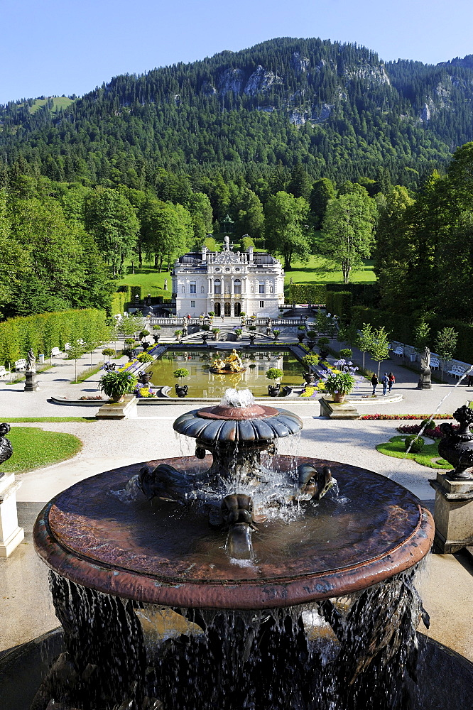 Linderhof Palace, castle of Bavarian King Ludwig II, Graswangtal valley, Oberammergau, Ammergau Alps, Upper Bavaria, Bavaria, Germany, Europe