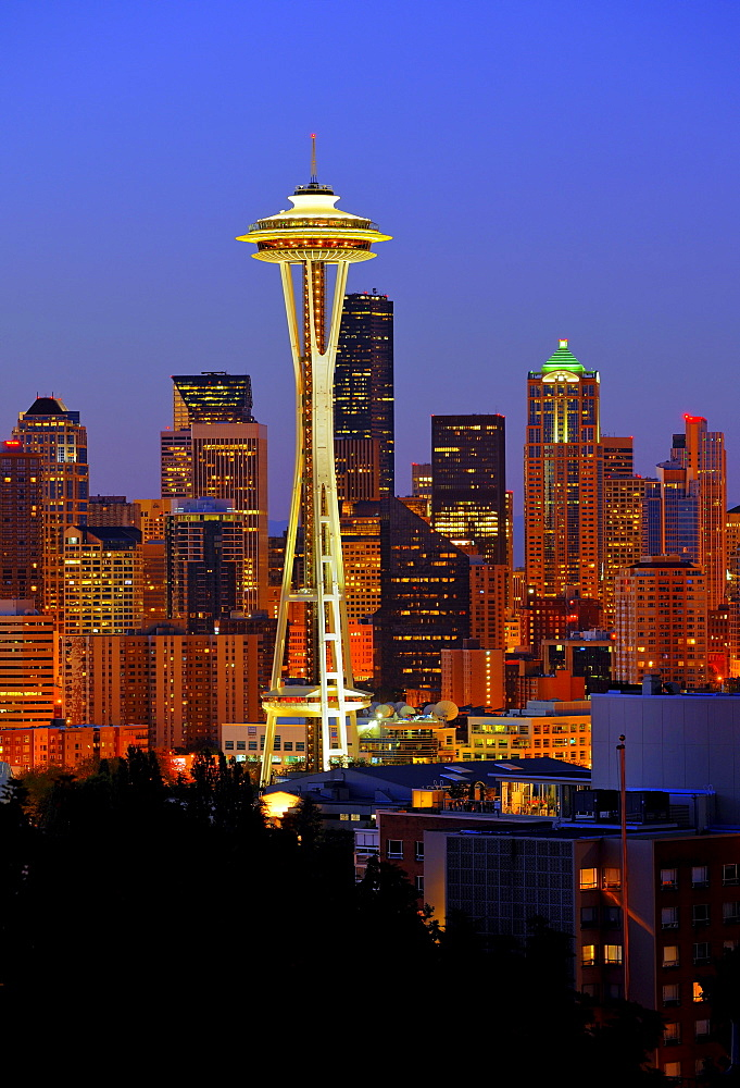Night scene, skyline of the Financial District in Seattle, Space Needle, Columbia Center, formerly known as Bank of America Tower, Washington Mutual Tower, Municipal Tower, formerly Key Tower, Washington, United States of America, USA