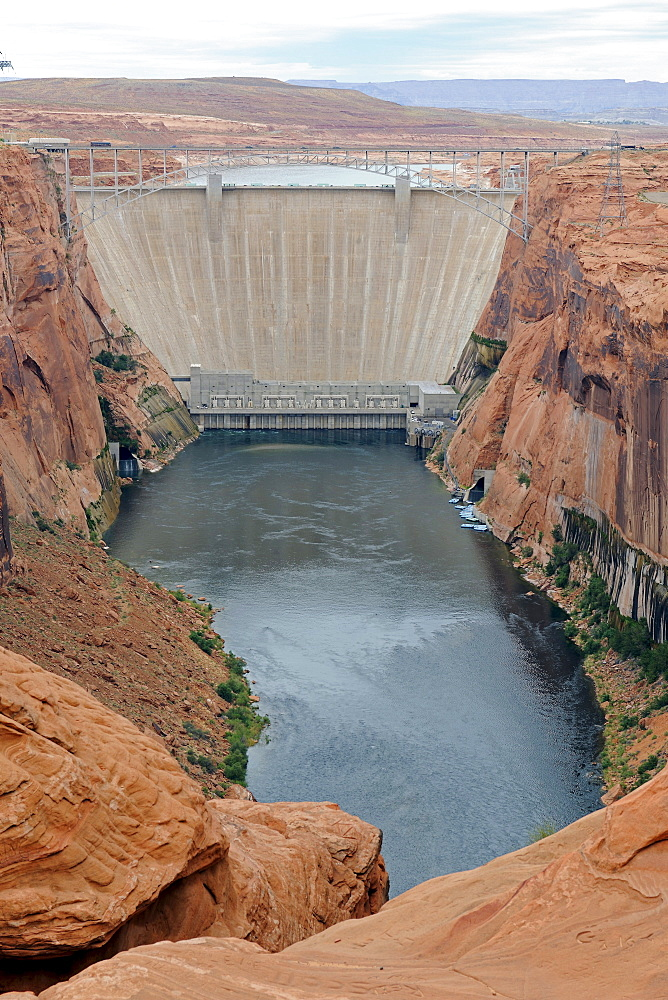 Glen Canyon Dam at Lake Powell, Arizona, USA