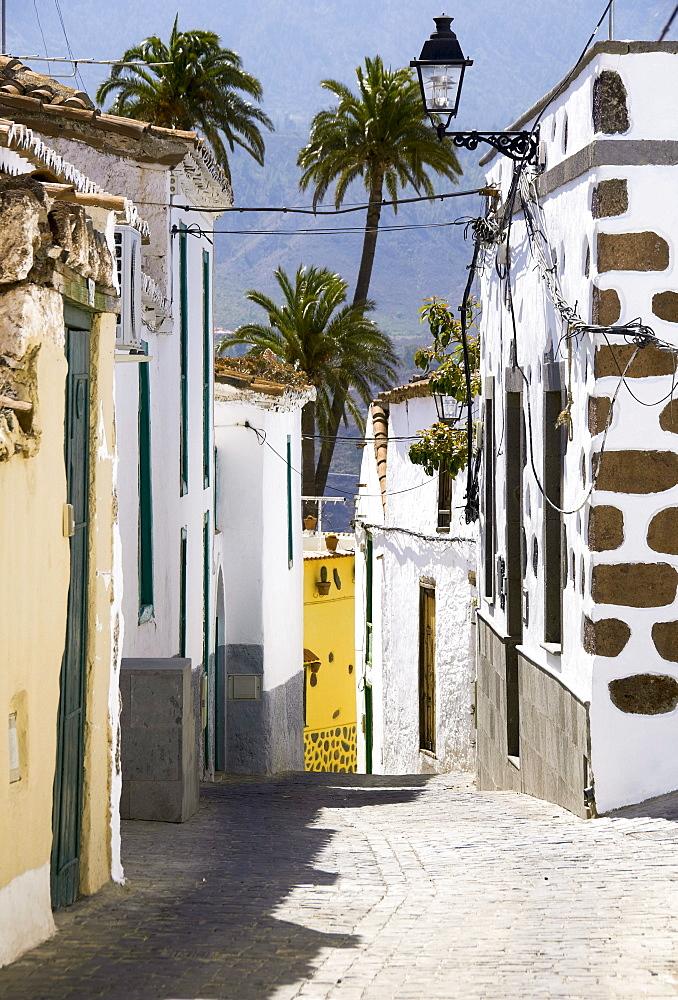 Side street in Santa Lucia di Tirajana, Gran Canaria, Canary Islands, Spain, Europe