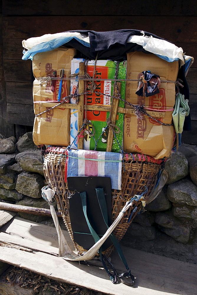 Carrying basket of the sherpa people of Nepal, Khumbu, Sagarmatha National Park, Nepal, Asia