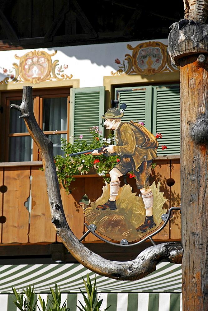 "Traditional Bavarian building with ""Lueftlmalerei"" mural paintings, Grainau, Garmisch-Partenkirchen, Bavaria, Germany, Europe"
