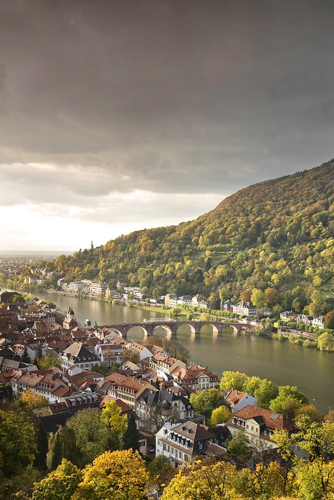 Panoramic views overlooking the old town of Heidelberg seen from the Schlosspark, palace gardens, Baden-Wuerttemberg, Germany, Europe