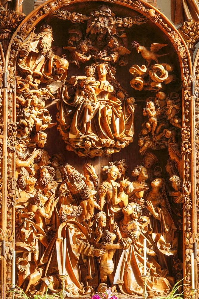 Late Gothic carved altar in the Wallfahrtskirche Mauer pilgrimage church near Melk, Wachau, Mostviertel region, Lower Austria, Austria, Europe
