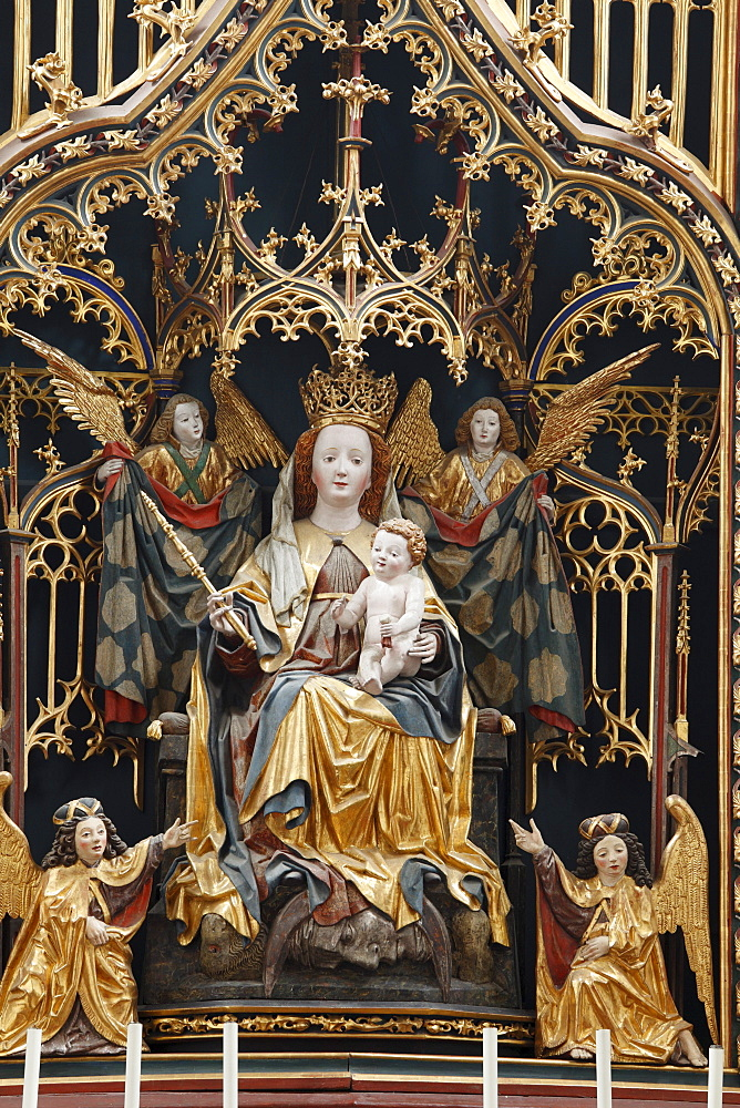 Mary as the Queen of Heaven in the high altar, Pilgrimage Church of Maria Laach in Jauerling, Wachau, Waldviertel, Forest Quarter, Lower Austria, Austria, Europe