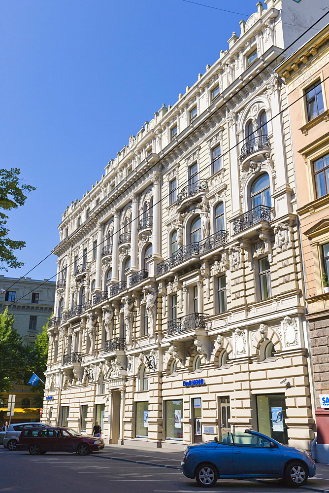 Office and apartment building with bank by Mihails Eizensteins, Eclectic Art Noveau, Elizabetes iela, Elizabetes Street, Art Nouveau District, Riga, Latvia, Northern Europe
